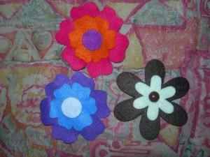 Idee per delle spille a forma di fiore