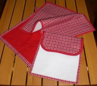 Come realizzare un sacchetto per la scuola con asciugamano e tovaglietta: tutorial fotografico in italiano