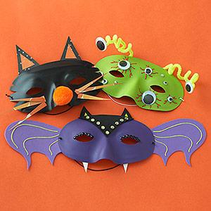 Come realizzare degli accessori per le maschere di Halloween: tutorial