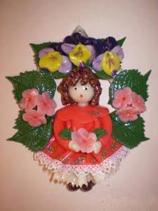 Come realizzare una bambolina e un portatovagliolo in pasta di mais: tutorial