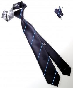 Vinci una cravatta otto pieghe in pura seta: la vincitrice