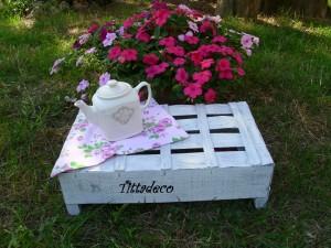 Come realizzare una cassetta porta fiori in stile shabby chic