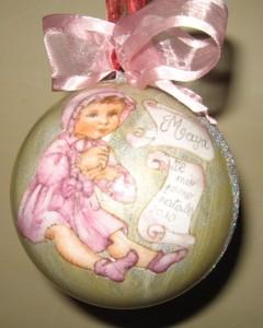 La foto del giorno: la pallina di Natale di Eva
