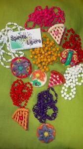 La foto del giorno: le collane di perline e fimo di Stefania