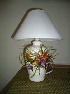 La foto del giorno: la lampada con il sospeso trasparente di Claudia