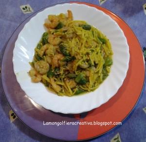 Tonnarelli all'uovo con asparagi e code di gambero