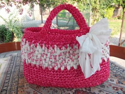 La foto del giorno: la borsa in rafia di Lella