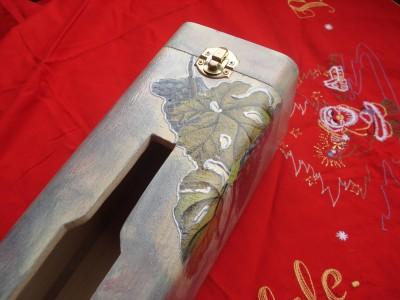 La foto del giorno: la confezione di Natale per le bottiglie di Elisabetta