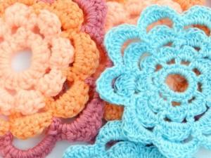 Idee con i fiori a crochet