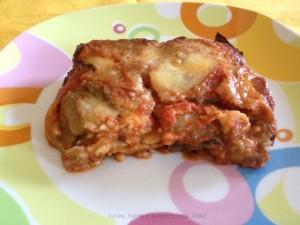 Primi piatti: parmigiana, crepes alle zucchine, linguine alla pizzaiola