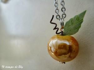 La foto del giorno: il pendente di Halloween di Elisa