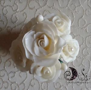 La foto del giorno: le rose in porcellana fredda di Dilù Artemente