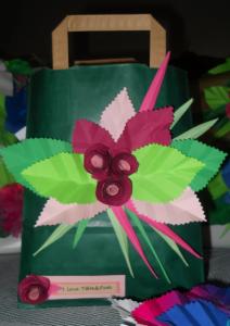 La foto del giorno: la borsa decorata da Gabriella
