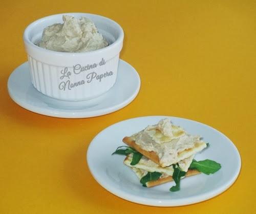 Il menù della settimana: crema di tonno e alici, risotto al radicchio e fagioli, peperoni ripieni e crostata