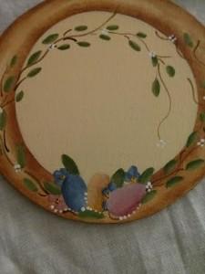 La foto del giorno: il centrotavola dipinto a mano da Elisabetta