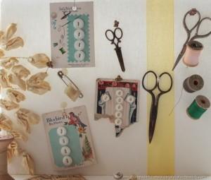 La foto del giorno: pannello porta oggetti vintage