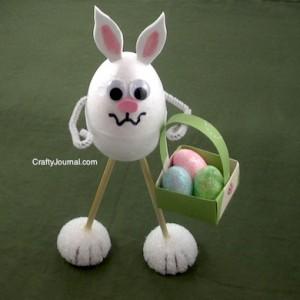 La foto del giorno: il coniglietto di polistirolo
