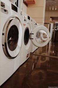 """Un giorno mi piacerebbe che la lavatrice mi dicesse """"Stai sbagliando!"""" #mieleperlemamme"""