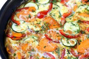 Frittata di zucchine e peperoni con yogurt magro