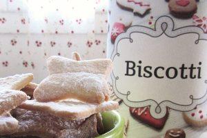 Idea regalo: i biscotti fatti in casa con il barattolo personalizzato