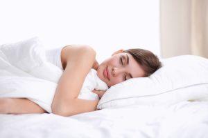 Migliorare la qualità del sonno per apparire più belle