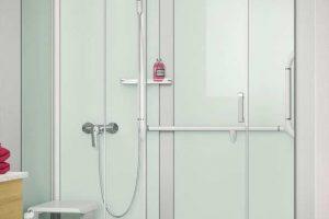 Trasformare la vasca in una doccia pratica e di design: ecco come fare