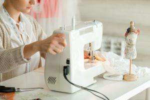 Come scegliere la macchina da cucire adatta a te