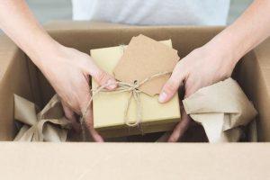 Come imballare e spedire i vostri regali