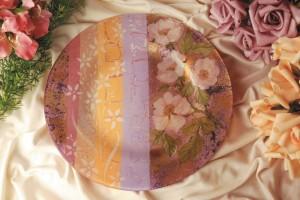 Video corso.Piatto romantico con tecniche decorative miste. Progetto di Letizia Barbieri