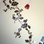 Decorare le pareti con gli adesivi