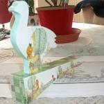 Fermaporta inlegno decorato a decoupage