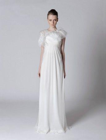 Alberta Ferretti sposa: la nuova collezione in vendita dal 18 giugno