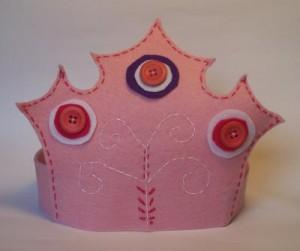 Idee per corone e coroncine fai da te, da realizzare in occasione di feste e compleanni