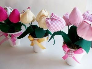 http://birdcrafts.blogspot.com/2010/02/pink-is-new-black.html